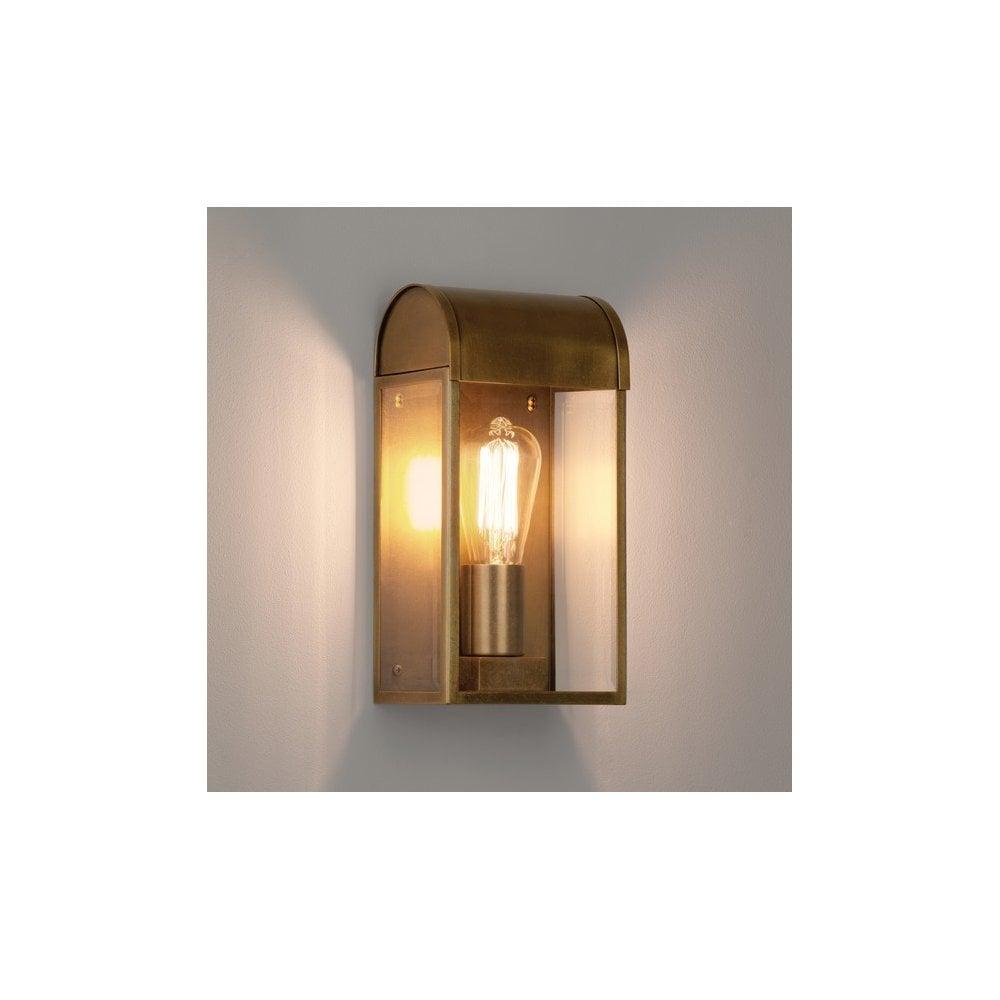 buy online 63cba 35e8b 1339003 Newbury Outdoor Wall Light Antique Brass